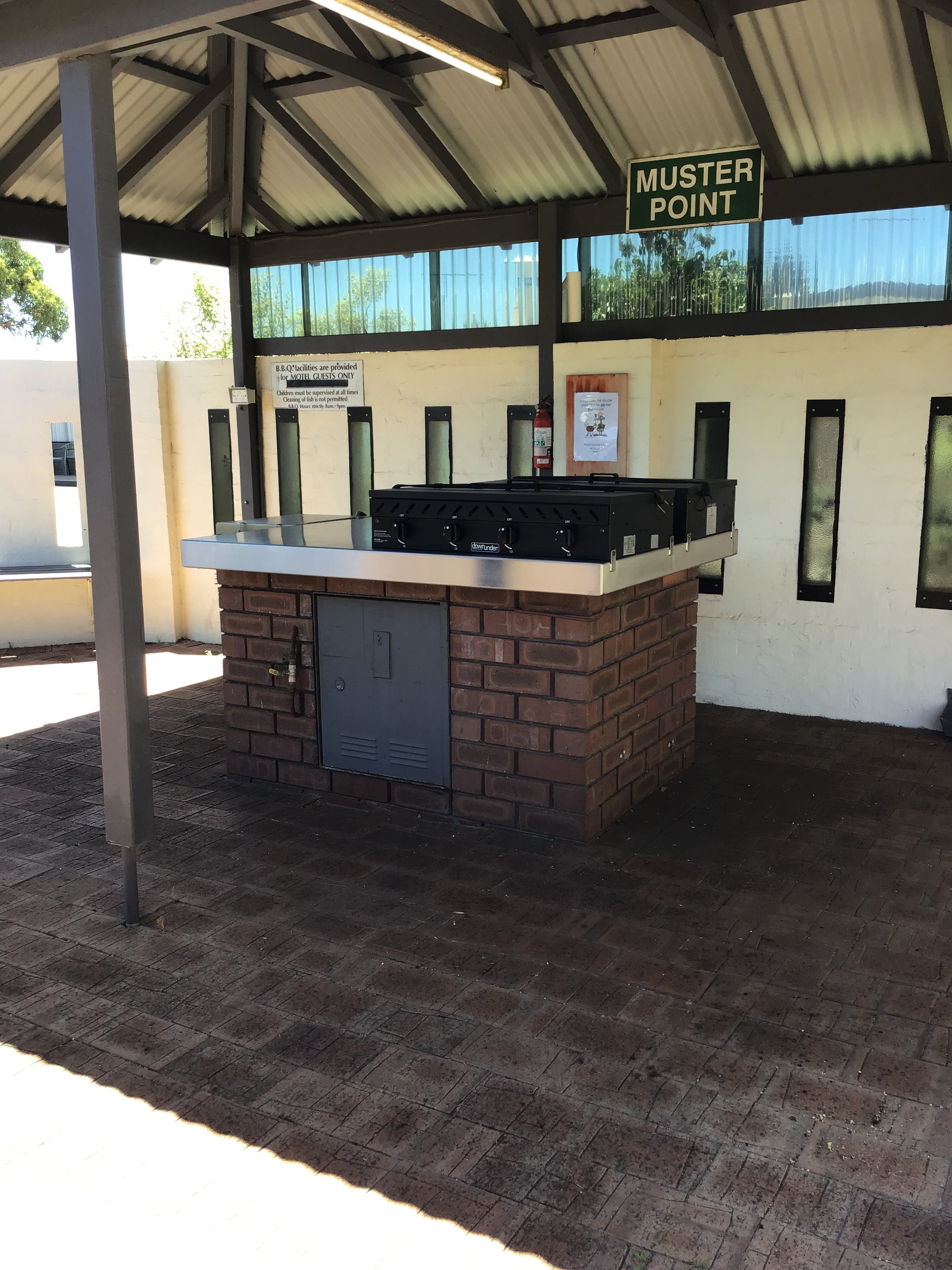 Baview Motel Esperance Gas BBQ Facilities