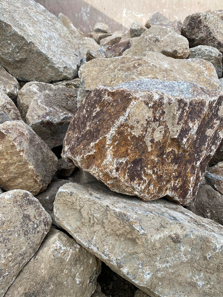 Large Granite Rocks / Boulders